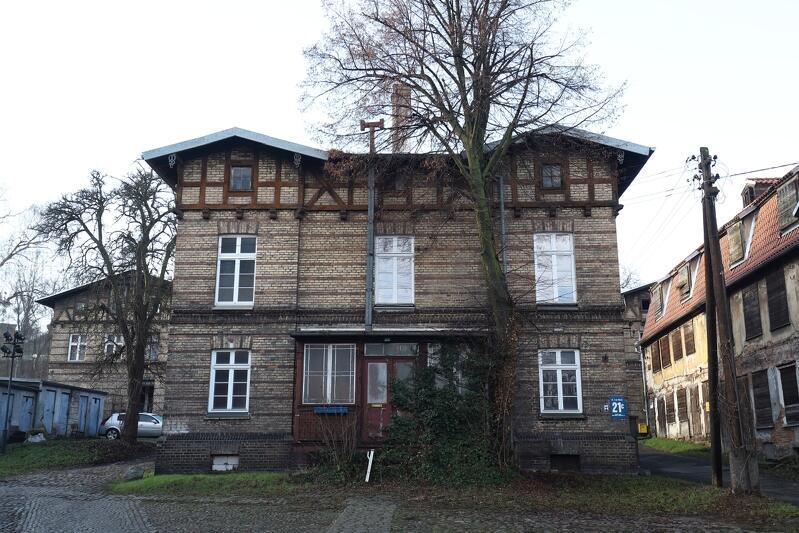 Chodzi o budynki, które mieszkańcy Gdańska dobrze znają z widzenia - u podnóża Góry Gradowej, przy ul. 3 Maja. Dzięki działaniom Miasta czeka je dobra przyszłość