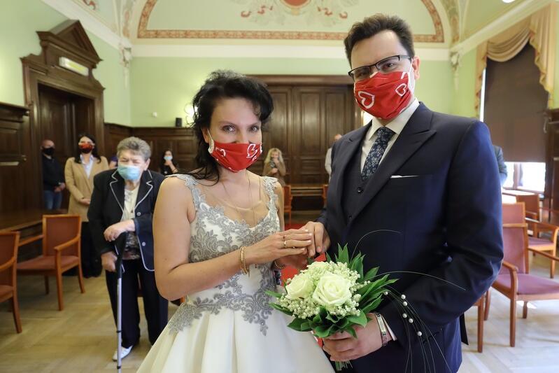 Pani Izabela i pan Mariusz wzięli ślub 29 maja 2020 r. w Gdańsku