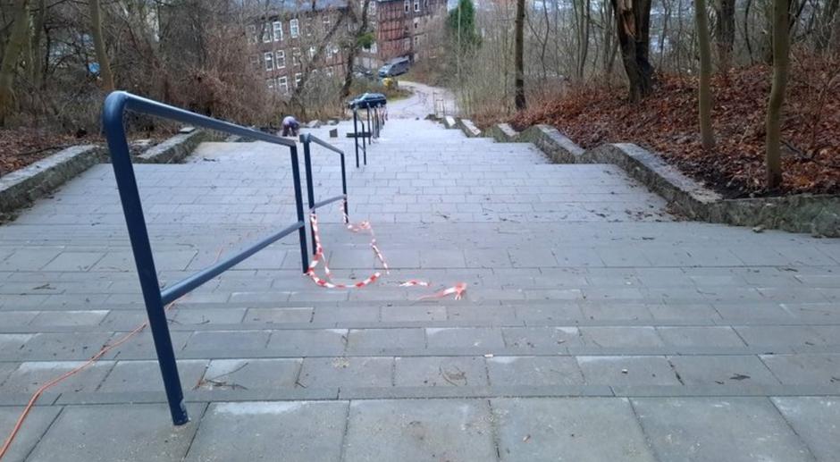 Na Wronią Górkę prowadzą już nowe, równe schody