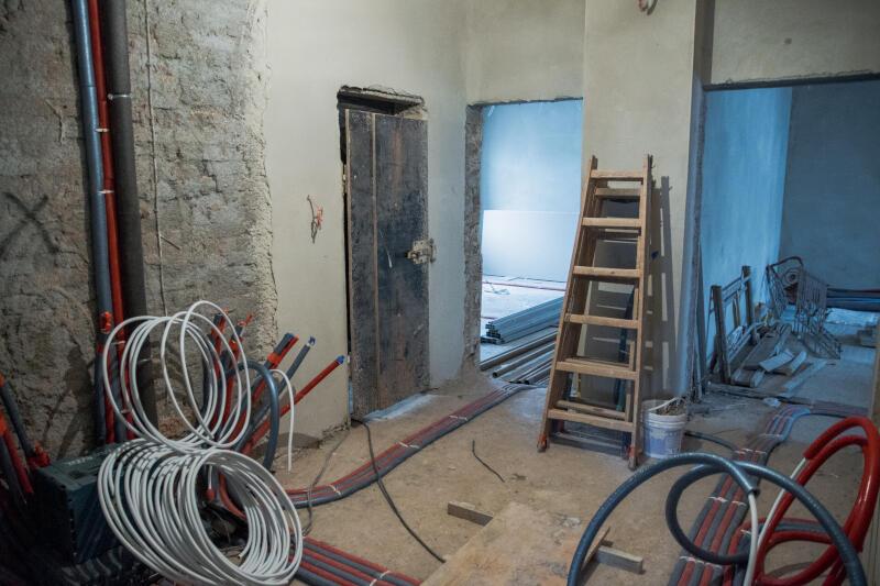 Budynek przejdzie gruntowny remont także w środku, pojawią się m.in. udogodnienia dla osób z niepełnosprawnościami
