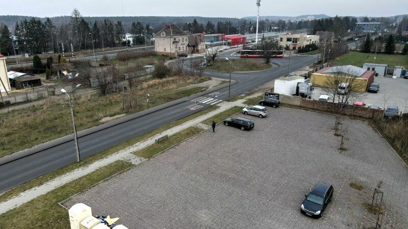 Osiem ofert wpłynęło w przetargu na budowę węzła integracyjnego Osowa. Na terenie sąsiadującym ze stacją powstanie pętla autobusowa. Prace potrwają do października tego roku
