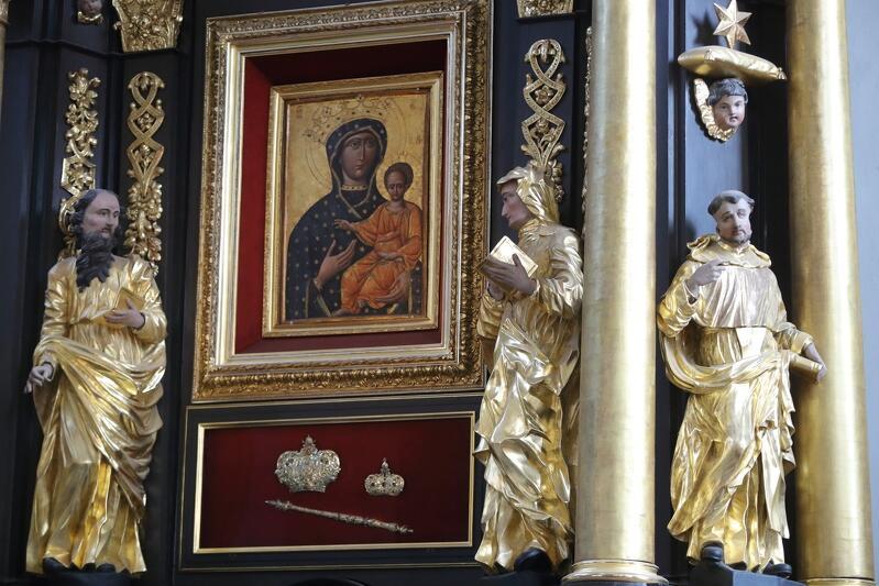Ikona Matki Bożej Zwycięskiej w kościele św. Mikołaja w Gdańsku przywieziona została ze Lwowa