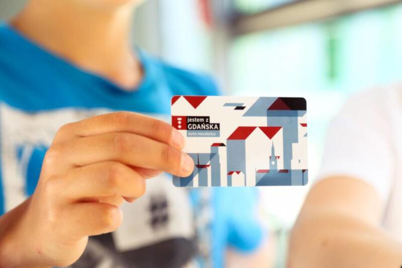 Gdańska Karta Mieszkańca zapewnia szereg benefitów. Aby z niej korzystać w 2021 roku należy aktywować Pakiet Mieszkańca