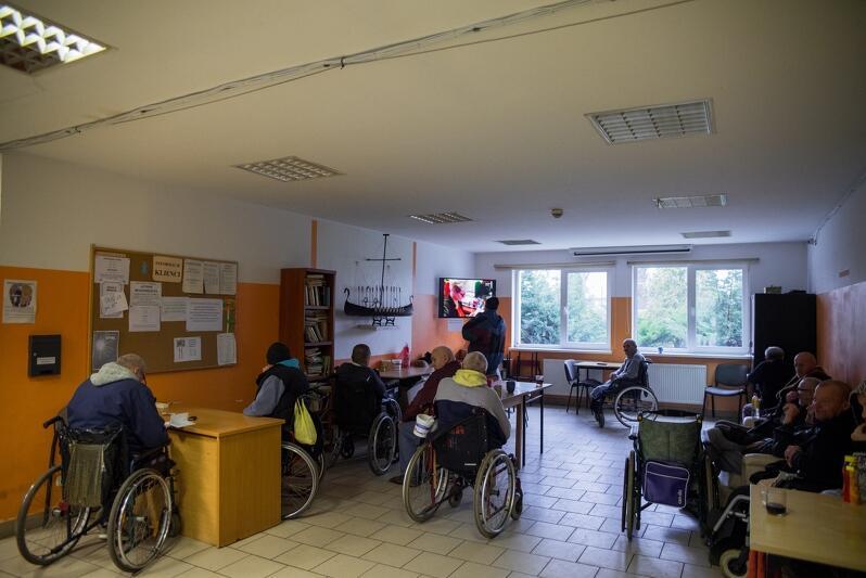 Obszar Metropolitalny Gdańsk-Gdynia-Sopot, jako pierwsza metropolia w Polsce, wprowadza rozwiązania systemowe dla osób z niepełnosprawnościami i ich opiekunów ujęte w Standardzie Minimum na Rzecz Osób z Niepełnosprawnościami i Otoczenia