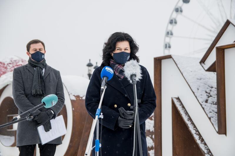 Wyspa Ołowianka: prezydent Aleksandra Dulkiewicz i Piotr Grzelak, zastępca prezydenta ds. zrównoważonego rozwoju, ogłaszają konkurs na stanowisko architekta miasta