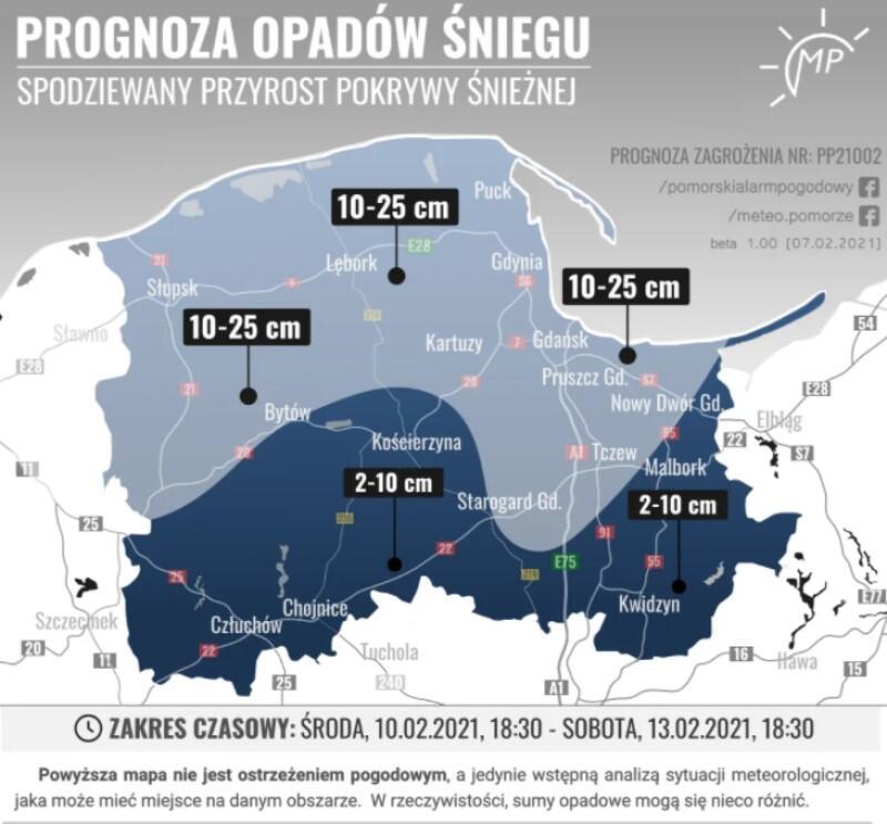 Mapa w dwóch kolorach: niebieskim i granatowym, które mają związek z poziomem opadu od czwartku do soboty włącznie. Jaśniejszy kolor zajmuje północną część województwa i oznacza opad od 10 do 25 cm, ciemniejszy jest na południu województwa i oznacza opad śniegu w granicach 2 do 10 centymetrów