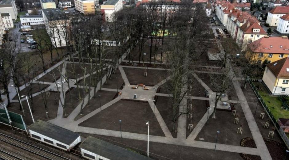W ramach rewitalizacji swoje oblicze zmieniły dwa skwery: przy ul. Gościnnej i Związkowej