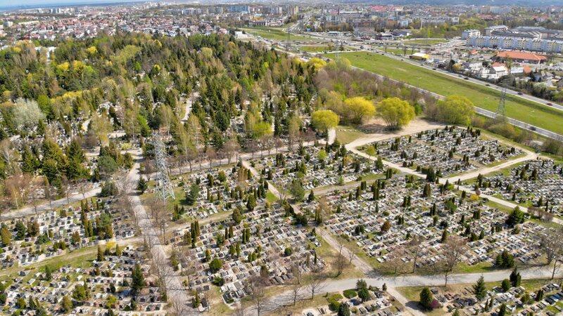 Cmentarz Łostowicki zostanie powiększony o prawie 2 hektary powierzchni
