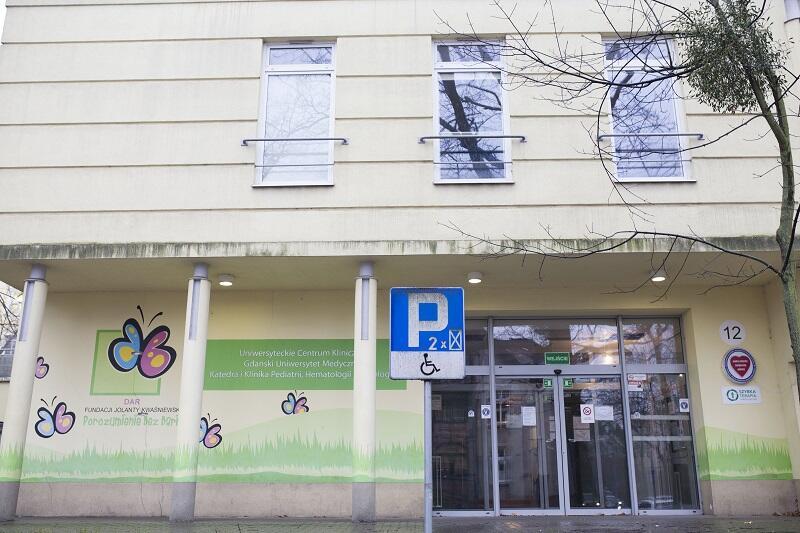 Siedziba oddziałów onkologicznych Kliniki Pediatrii, Hematologii i Onkologii UCK w Gdańsku została otwarta kilkanaście lat temu, przeprowadzenie generalnego remontu było konieczne