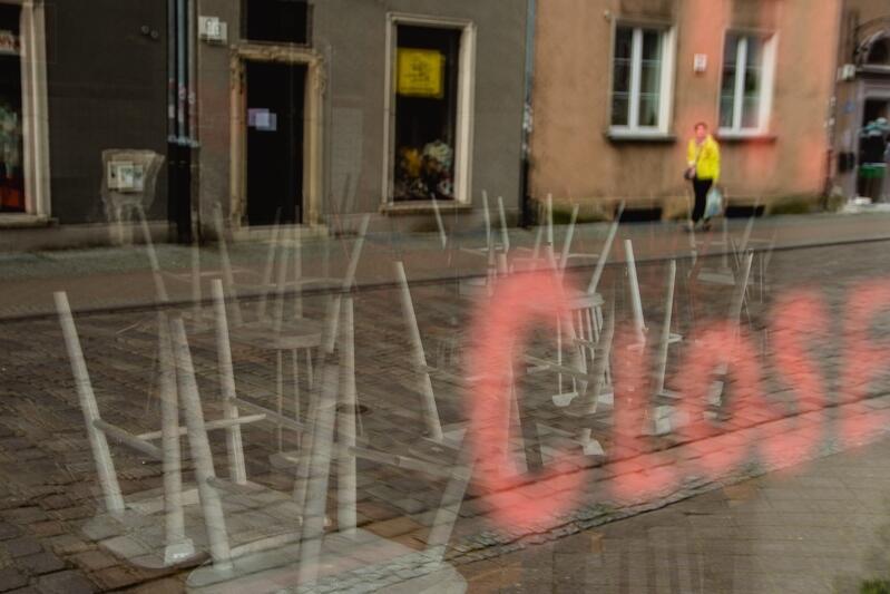W pandemii zamknięte są m.in. punkty gastronomiczne. Miasto Gdańsk od marca 2020 roku wprowadza systematycznie różne elementy Gdańskiego Pakietu Wsparcia Przedsiębiorców
