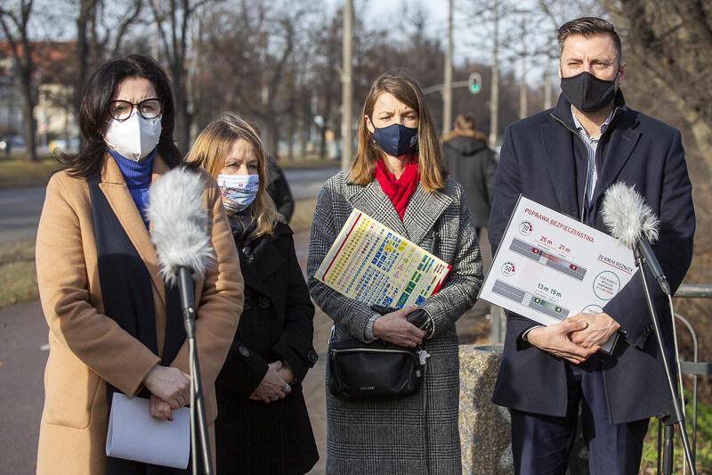 Podczas konferencji prasowej poinformowano, że zmiany dotyczące maksymalnej prędkości na głównej arterii komunikacyjnej Gdańska wejdą w życie w sobotę 13 marca