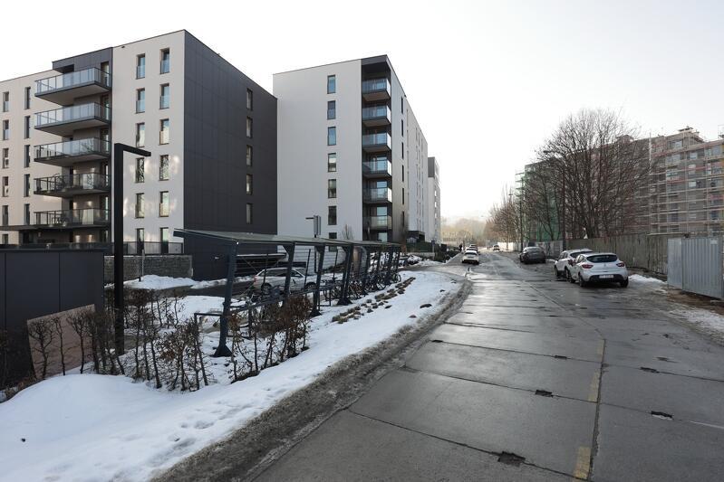 Ta ulica w Oliwie, przebiegająca w pobliżu Hali Widowiskowo-Sportowej AWFiS, zyskała imię Jana i Macieja Kilarskich