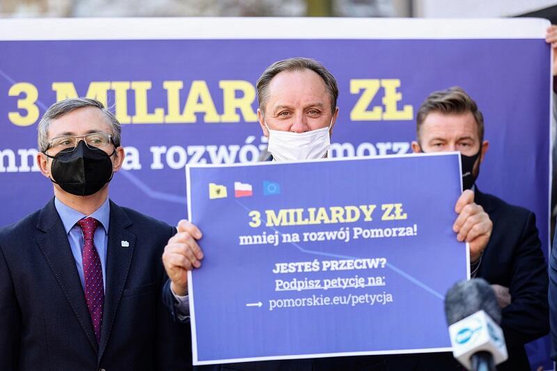 Spotkanie pomorskich parlamentarzystów i samorządowców, 1 marca 2021, marszałek województwa Mieczysław Struk