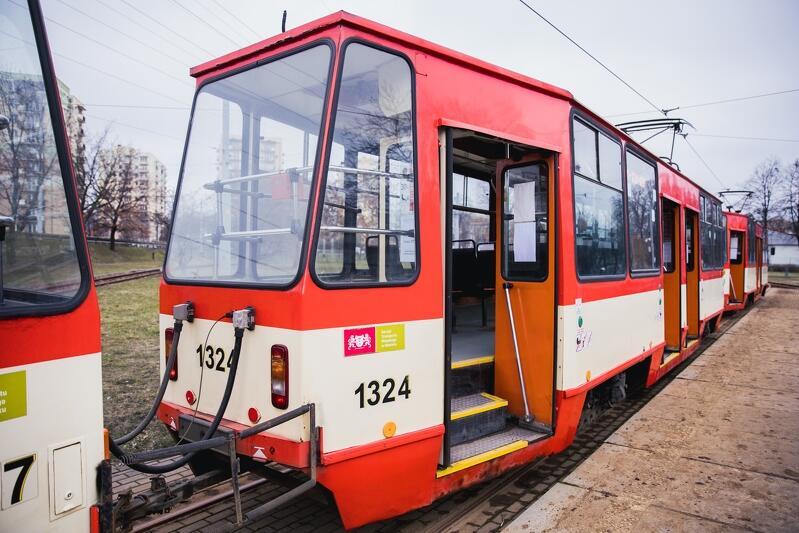 Stopnie w tramwajach wysokopodłogowych były dużym utrudnieniem dla osób niepełnosprawnych czy rodziców z dziecięcymi wózkami. Od piątku 5 marca 2021 Gdańsk ma w swoim taborze wyłącznie tramwaje niskopodłogowe