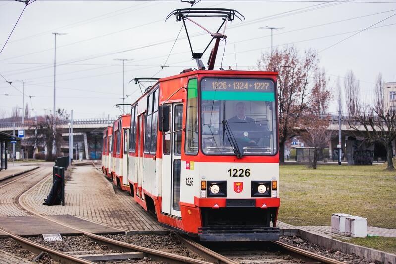Kultowe stopiątki  przechodzą na zasłużoną emeryturę. Po 46 latach, w czwartek 4 marca 2021 roku, zakończyły służbę dla Gdańska