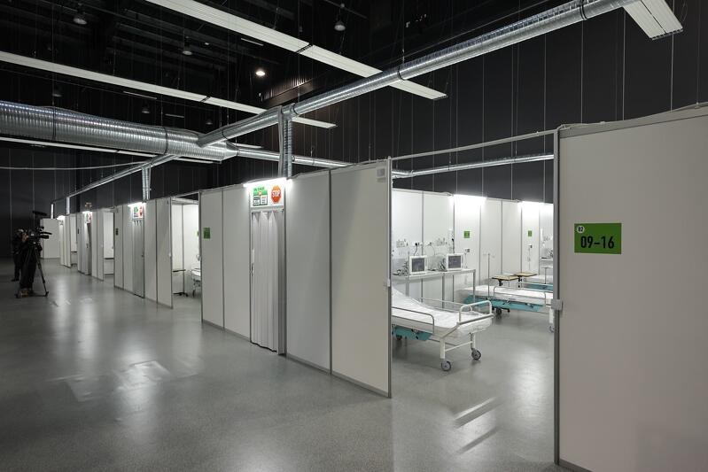 Do dwustu wzrośnie liczba łóżek w gdańskim szpitalu tymczasowym przy ulicy Żaglowej. Szpital docelowo może przyjąć czterystu pacjentów z Covid-19