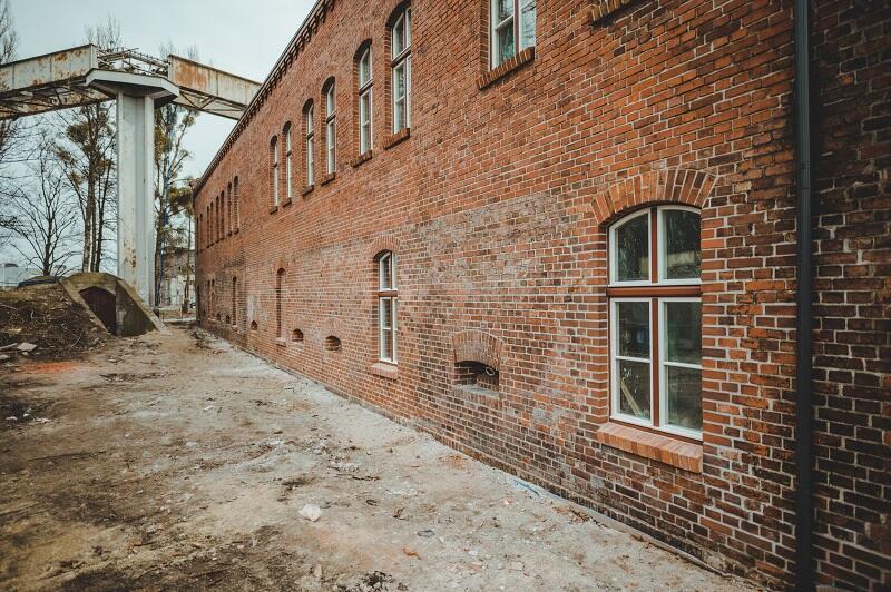 Trwające prace remontowe nie tylko poprawiają stan budynku, ale także uwydatnią jego unikalne detale