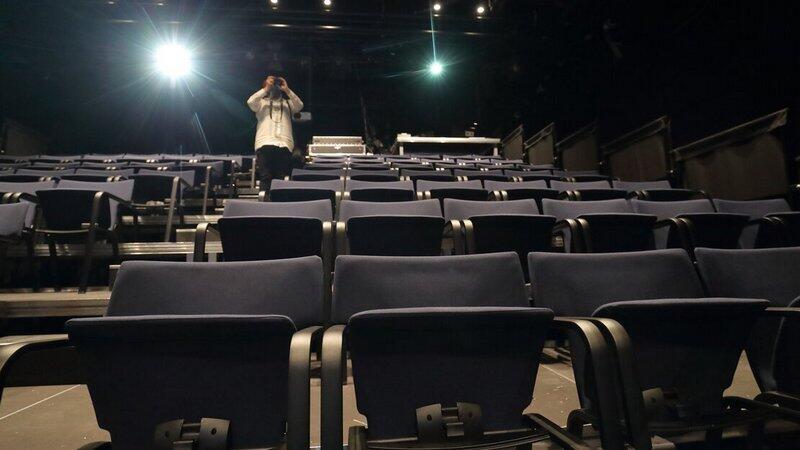 W czasie pandemii często teatry były (są) zamknięte