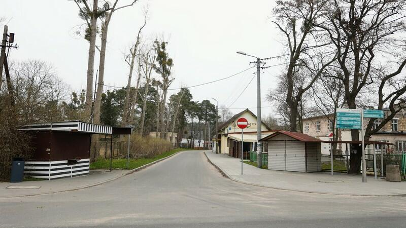Ulica Radosna (skrzyżowanie z ul. Turystyczną) w projekcie ma stać się przyjazna pieszym, w praktyce oznaczałoby to wyłączenie drogi z ruchu samochodowego