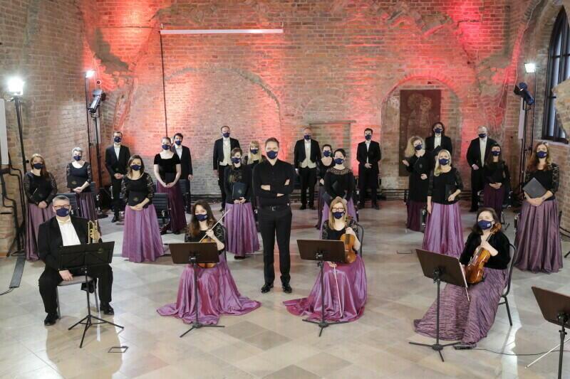 Cappella Gedanensis to zespół znany na całym świecie. Nie zapomina jednak szczególnie o gdańszczanach i co i rusz przygotowuje dla nich propozycje muzyczne na specjalne okazje