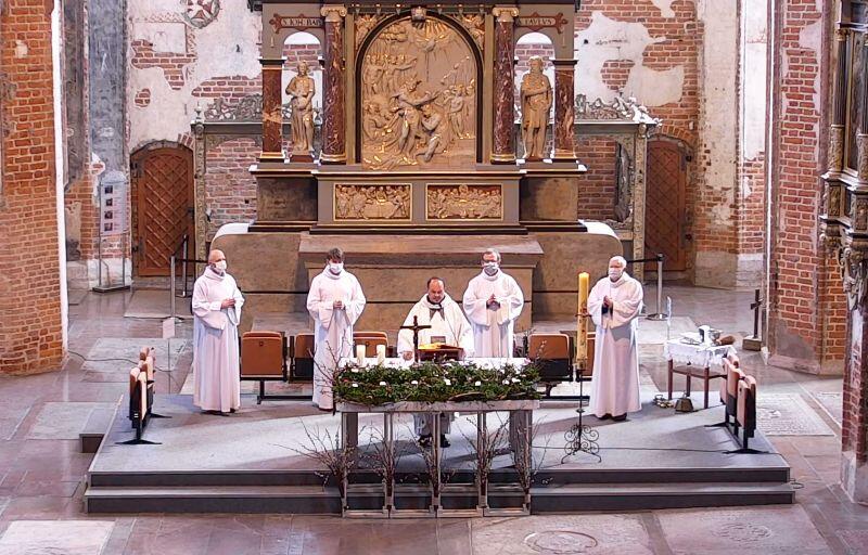 Niedziela Zmartwychwstania Pańskiego. Msza św. w kościele św. Jana w Gdańsku