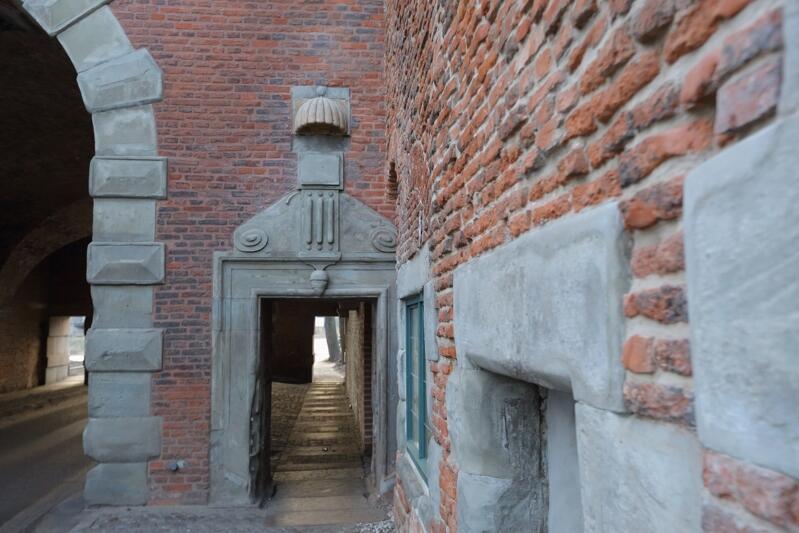 Brama Nizinna to przykład pięknej XVII-wiecznej architektury obronnej