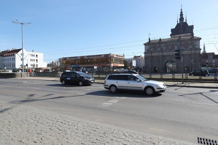W ramach zadania zbudowane zostanie przejście naziemne oraz wyremontowany fragment nawierzchni ul. Wały Jagiellońskie