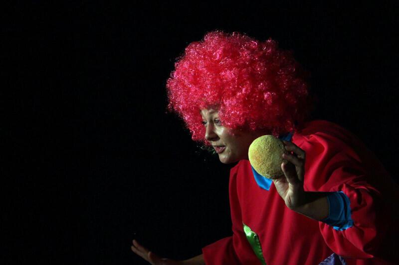 """Teatr w Blokowisku zaprasza w niedzielę na """"Wyspę pacynek"""", która zabierze najmłodszych do świata wyobraźni"""