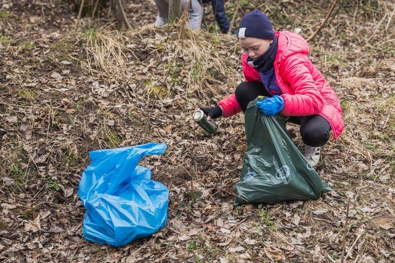 Społeczne sprzątanie dzielnic odbyło się w sobotę, 17 kwietnia 2021 r., w trzech dzielnicach: Piecki Migowo, Orunia Górna - Gdańsk Południe i Olszynka