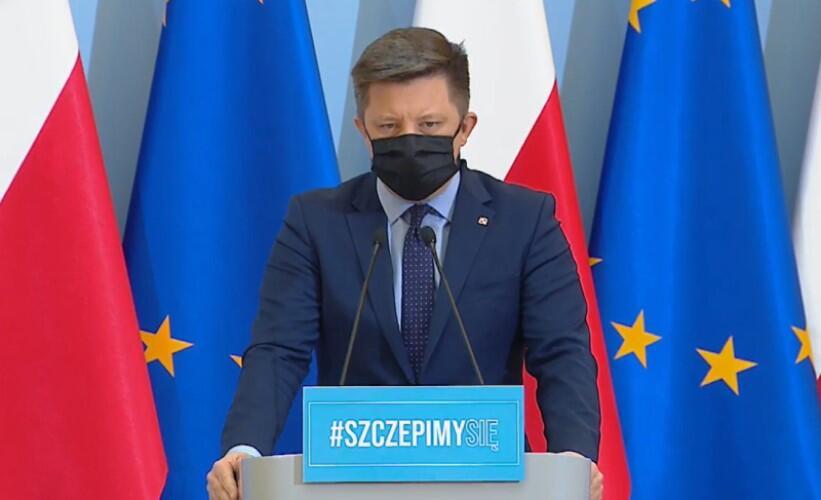Michał Dworczyk szef KPRM zapowiedział przyspieszenie szczepień - m.in, że od 28 kwietnia 2021 roku zostanie uruchomiona rejestracja dla osób między 30 a 39 rokiem życia