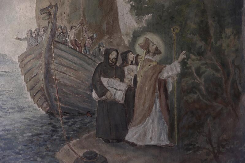 Historię przybycia do Gdańska i dalszej misji do Prusów opowiadają z wielką ekspresją malowidła znajdujące się na ścianach kaplicy na Wzgórzu Wojciechowym. Na tym fragmencie: przybycie Świętego Wojciecha okrętem na do Gdańska