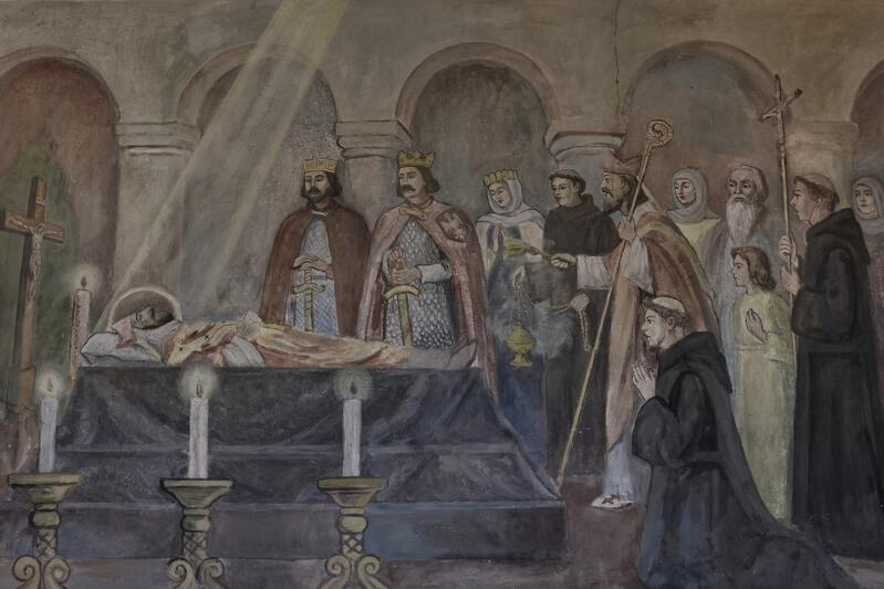 Wielka chwila pośmiertnego tryumfu, czyli Zjazd Gnieźnieński. Obok katafalku Wojciecha stoi cesarz niemiecki Otton III, który ostanie kilometry do grobu przyjaciela przeszedł piechotą a obok niego - w koronie - Bolesław Chrobry