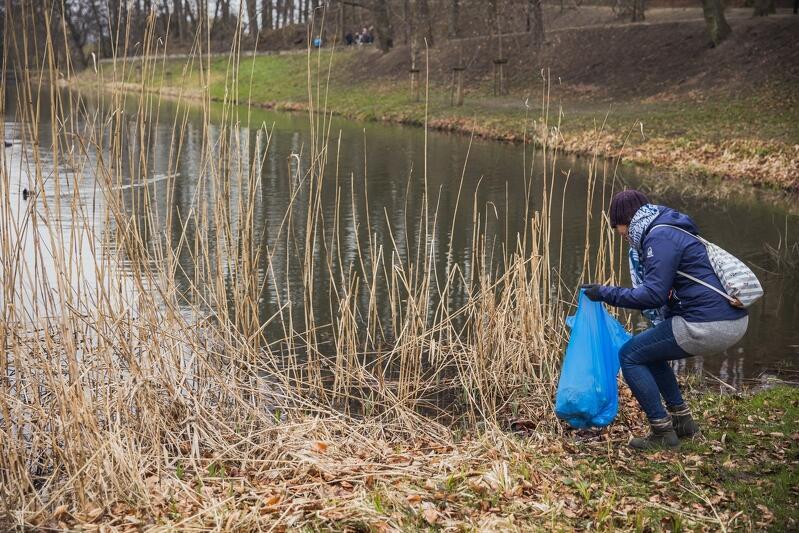 Od kilku tygodni w gdańskich dzielnicach organizowane są akcje społecznego sprzątania wspólnych przestrzeni publicznych