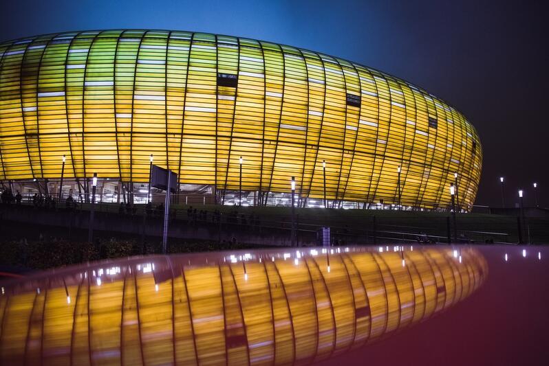Stadion Arena Gdańsk jest jedną z wizytówek miasta od 2012 roku, kiedy to rozegrano na nim kilka meczów Mistrzostw Europy w piłce nożnej. Jego uroda sprawia, że robi duże wrażenie nie tylko na kibicach