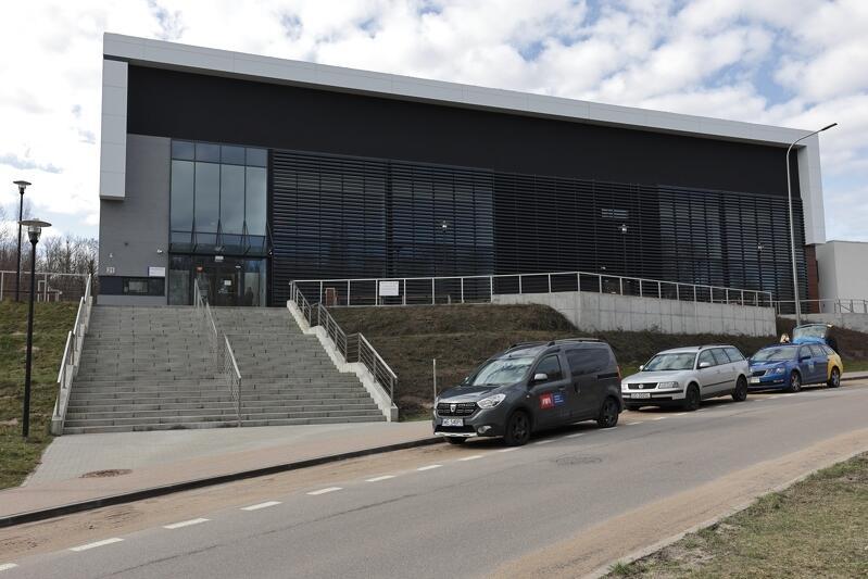 Gdańsk ul. Dębowa 21. W Centrum Sportu GUMed mieści się Punkt Szczepień Powszechnych
