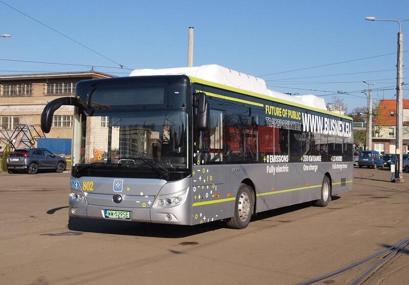 Autobus Yutong E12 w zajezdni GAiT przy ul. Wita Stwosza