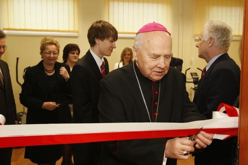 Na uroczystości nadania imienia Jana Heweliusza Gimnazjum nr 2 przy ul. Kartuskiej w Gdańsku; 11 lutego 2011 roku