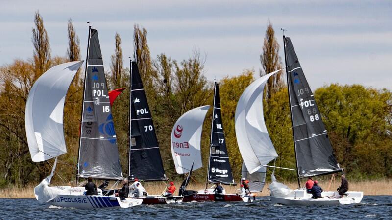 Żeglarze z Gdańska wygrali cztery z ośmiu wyścigów