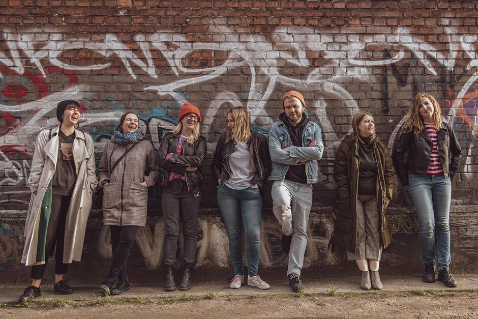 Ekipę Open Hose, któa przygotowuje dla nas program tworzą: (na zdjęciu od lewej: Aneta Lehmann, Melania Szymerowska, Diana Lenart, Alicja Gołata, Tomasz Kośmider, Maria Chojnacka i Marta Zawadzka