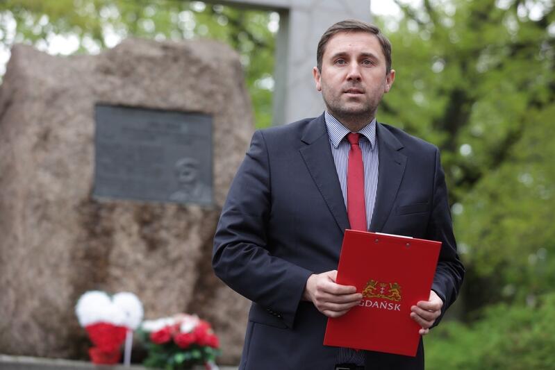 W imieniu władz Miasta przemówienie wygłosił zastępca prezydenta Gdańska Piotr Borawski