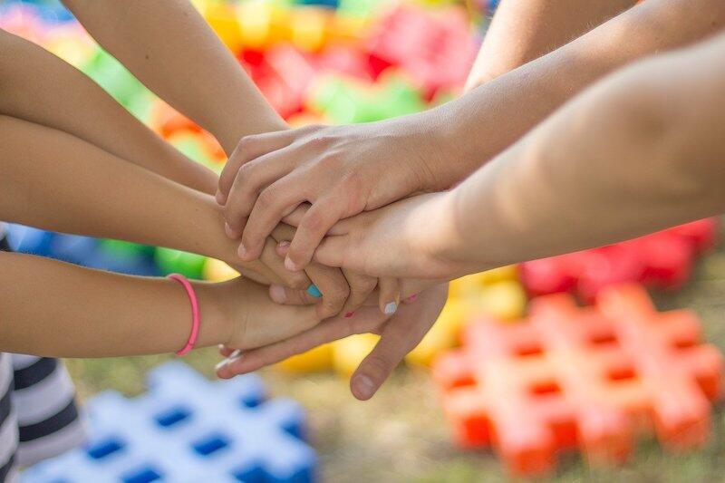 Rozmowy, poradniki i warsztaty o tematyce edukacyjnej i wspierającej rodziny - to propozycja dla osób, które chcą wzmocnić siebie i swoich nabliższych