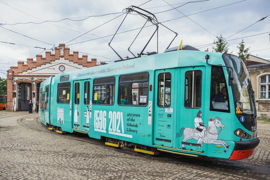 Tramwaj na 425 lat PAN Biblioteki Gdańskiej
