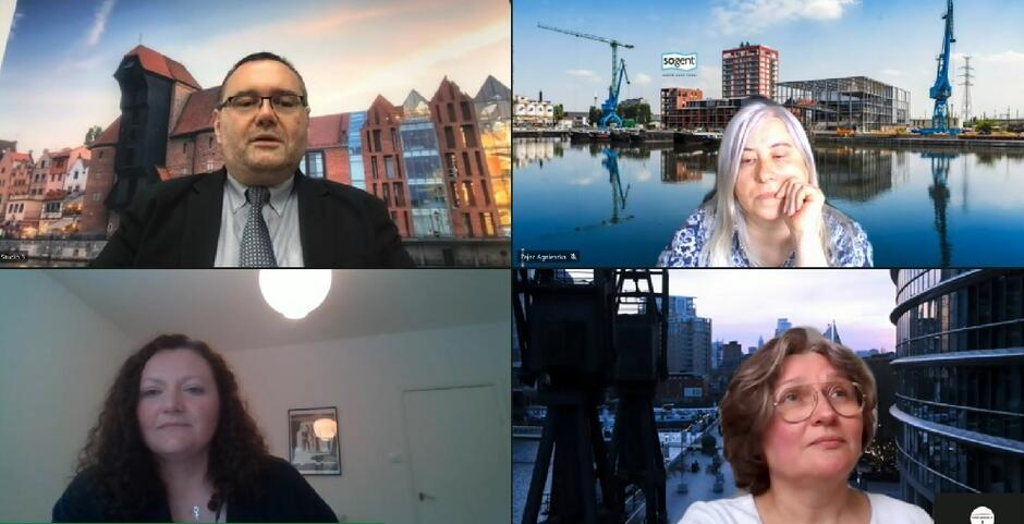 Prelegentki, od lewej na dole: Monika Rudeńska, obok prof. Agnieszka Zimnicka, Agnieszka Zając oraz prof. Piotr Lorens Architekt Miasta Gdańska