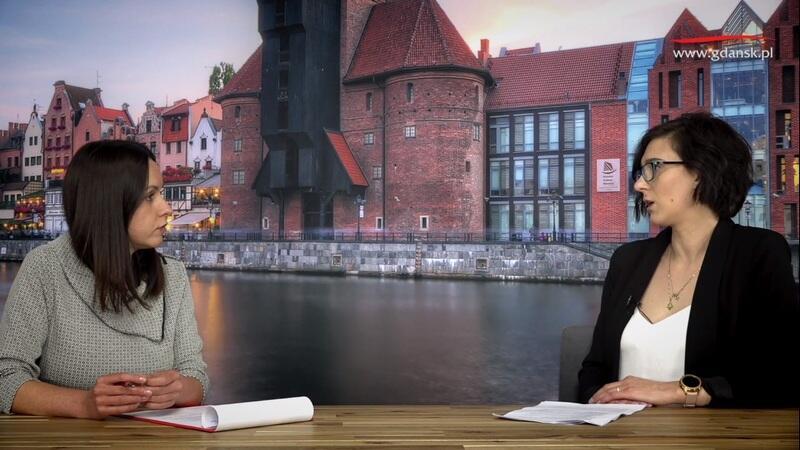 Na zdjęciu od lewej: Natalia Gawlik - dziennikarka portalu Gdańsk.pl i Magdalena Kaczyńska - inspektor w Dziale Świadczeń Rodzinnych nr 1 - Gdańskie Centrum Świadczeń