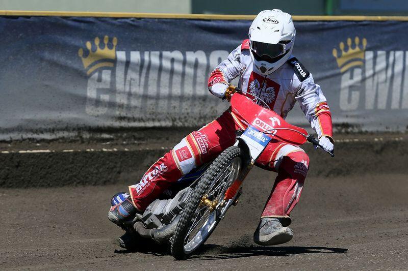 Mateusz Cierniak przed rokiem wraz z kolegami stawał na trzecim miejscu podium