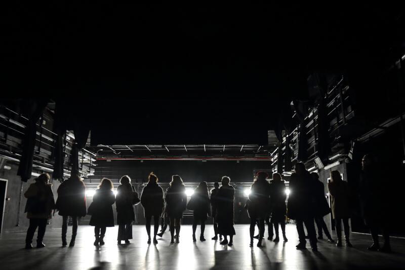 Gdański Teatr Szekspirowski jest jednym z niewielu teatrów na świecie, które można zwiedzić z przewodnikiem