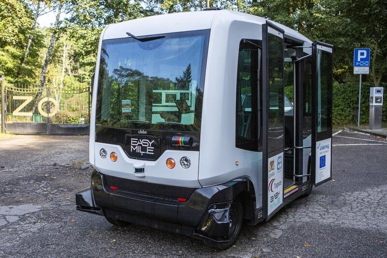 Autonomiczny bus kursujący do gdańskiego ZOO w 2019 r.