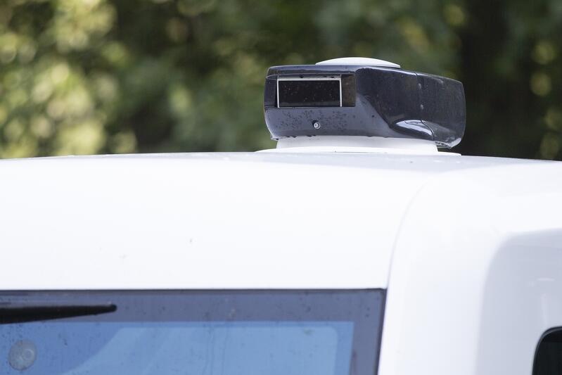 Pojazd z pilotażu w 2019 r. wyposażony był w specjalny sprzęt elektroniczny pozwalający na jazdę bez kierowcy