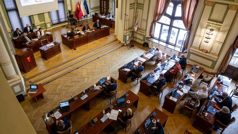 Lipiec 2020, radni podczas sesji w budynku Rady Miasta Gdańska