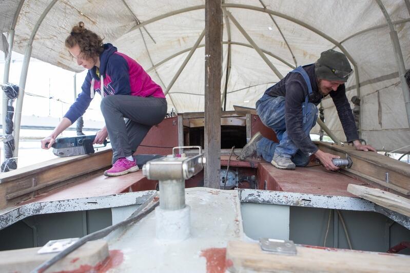 Na początku czerwca na Naszym Domu  rozpoczęły się prace związane z montażem elementów drewnianych